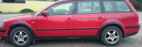 Müanyag kerékjárati VOLKSWAGEN VW PASSAT B5 SEDAN 1996-2000